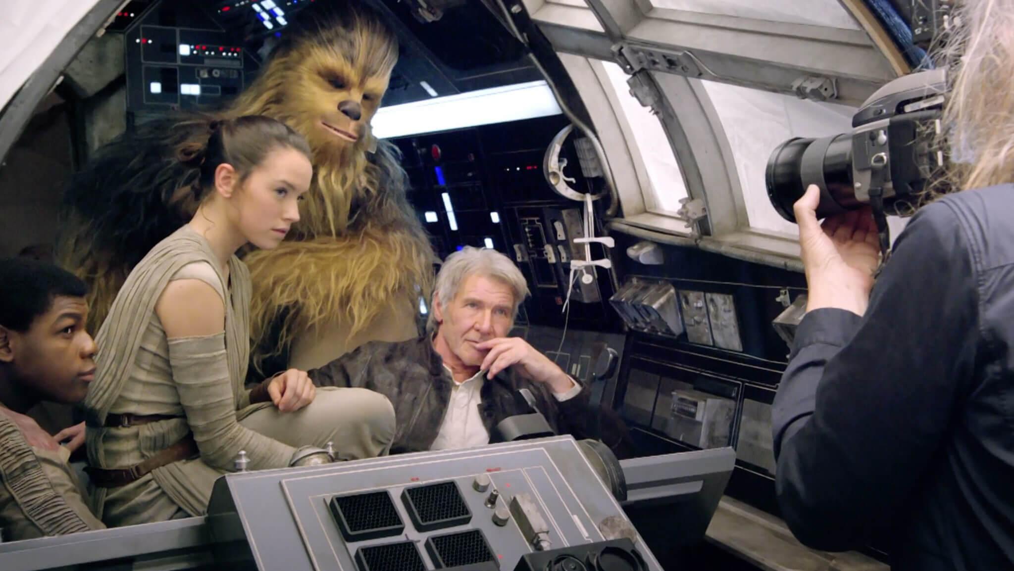 Todos ali, numa millenium falcon de verdade com o Chewie de verdade.