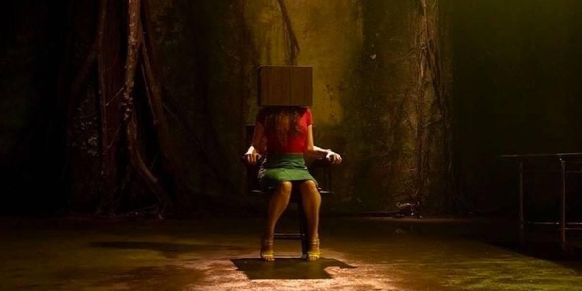 Saia da caixa!